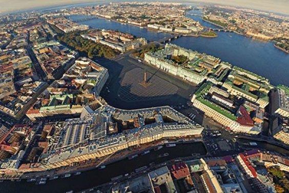 Виртуальный тур по Санкт-Петербургу как путешествие во времени