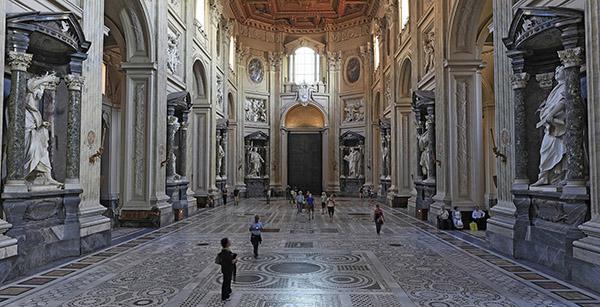 Совершить виртуальный тур по Ватикану